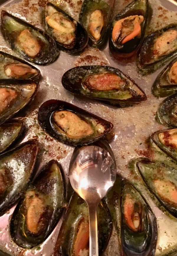 mussel-and-steak2
